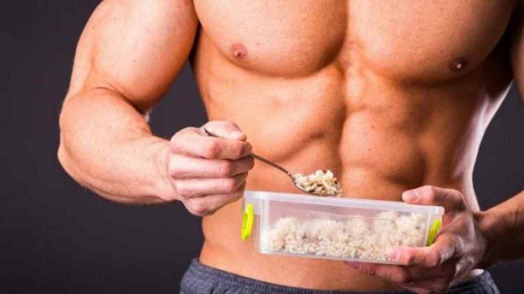 Benefícios do Arroz Integral na Musculação